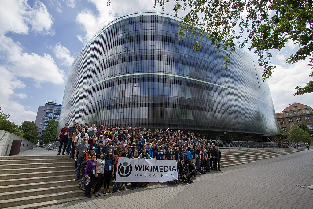 Group photo of the Wikimedia Hackathon 2019 Prague